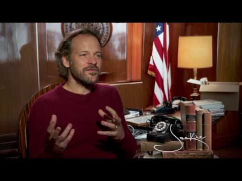 JACKIE: Backstage with Peter Sarsgaard