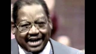 Bishop G.E. Patterson - He Made a Believer Out of Me