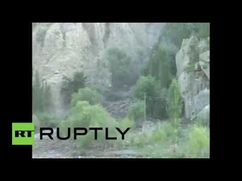 Pakistan: Deadly floods sweep Skardu - YouTube