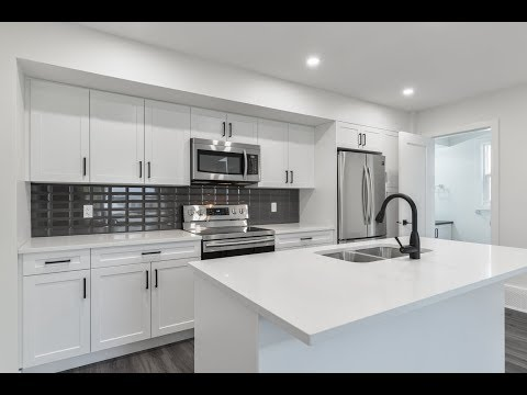 11437 90 Street NW, Edmonton, AB by Downtown Edmonton with Legal Basement Suite!