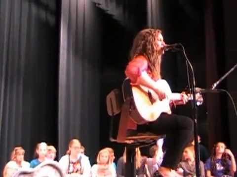 American Idol contestant Holly Miller sings Hold Me at Vinton County Middle School