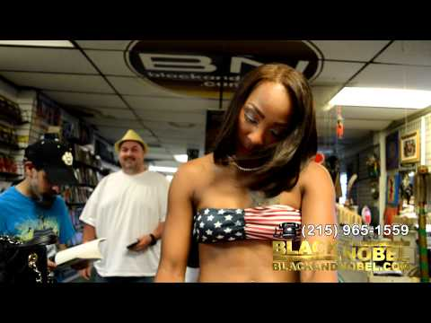 Pimps & Hoes Halloween @ SoBe Live hosted by Roxy Reynolds from YouTube · Duration:  5 minutes 12 seconds