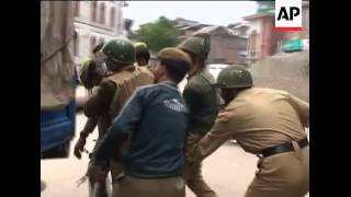 India troops fire rubber bullets to disperse protesters