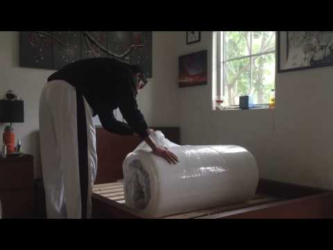 Lull Mattress Unboxing: Jovan Shows You How to Unbox a Lull Bed