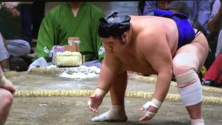 Kisenosato (6-2) is the first Yokozuna to see action on Day 9 in To...