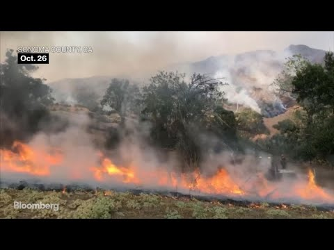 Wildfires Spread in California as PG&E Tries to Restore Power