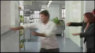 Queens (2004) (aka Reinas) Trailer GAY MOVIE REVIEW