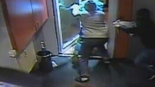 Reinfall statt Überfall in Essen: Spielhallengäste überrumpeln maskierte Räuber