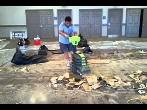 Arrancando Piso Na Cola Com A Sinclair Turbo II Strippermp YouTube - Sinclair floor scraper