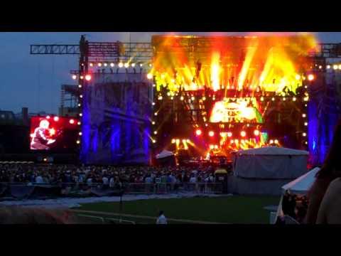Goodbye Yellow Brick Road - Billy Joel & Elton John Concert - Wrigley Field Chicago 7/22/2009