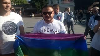 Націоналісти побилися з прихильниками лгбт у Житомирі