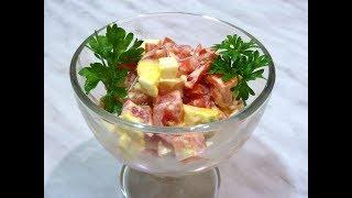 Как сделать салат из помидоров и яиц с чесноком