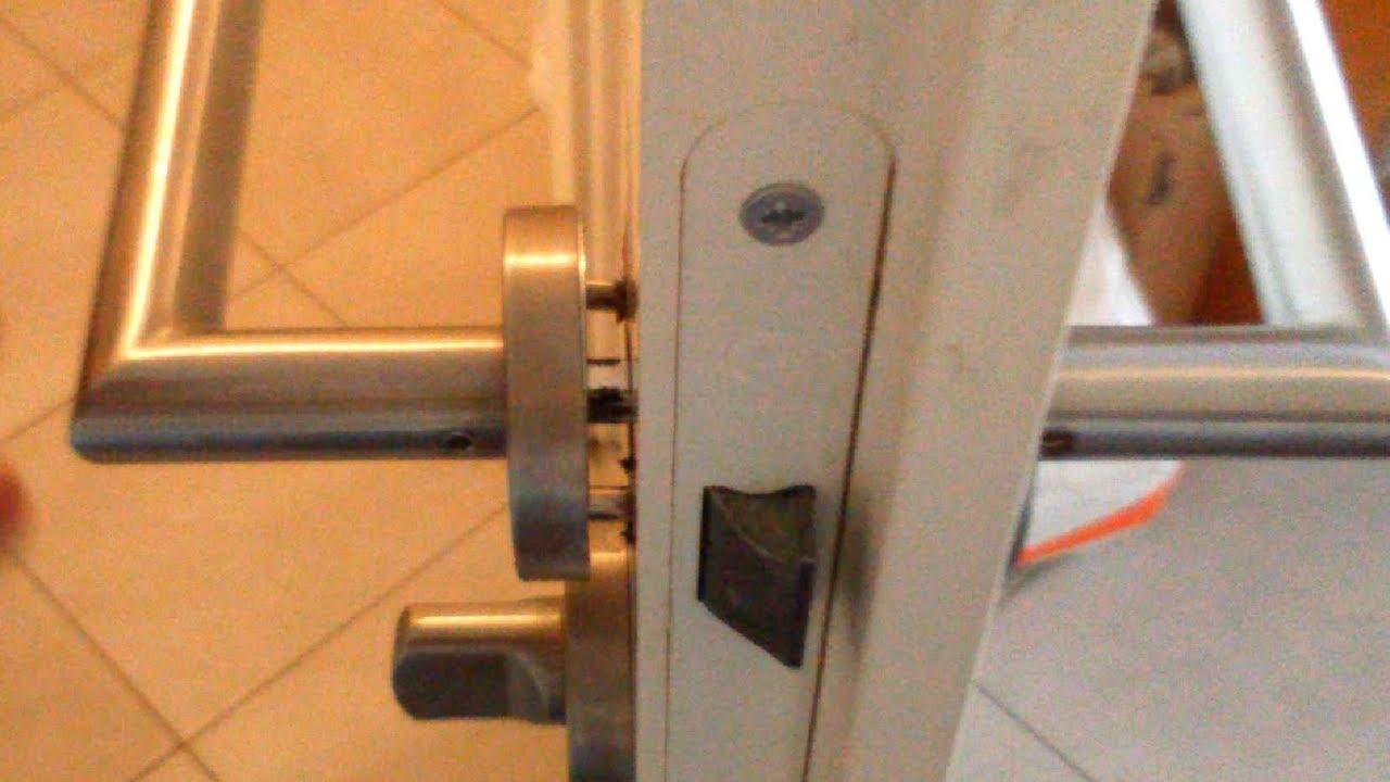 How To Tighten A Doorknob