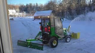 John Deere 1025R Snow Blower action 2018