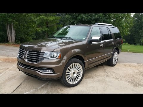 2015 Lincoln Navigator Review Old School Yet Still In The Fight