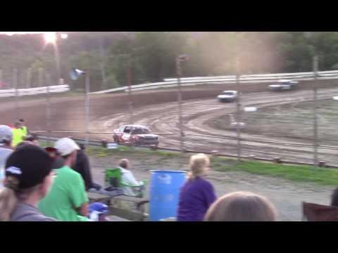 Hummingbird Speedway (7-8-17): Aaron's of DuBois Front-Wheel Drive Four-Cylinder Heat Race #1