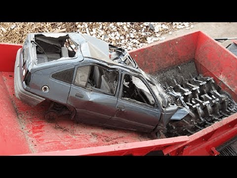 Extreme Dangerous Car Crusher Machine in Action, Crush Everything & Car Shredder Modern Technology