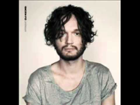Apparat - Live@fad_barcelona Dec/2003 (4/4) (With The Limelight Remix)