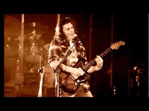 Gianluca grignani guitar solos youtube - Gianluca grignani uguali e diversi ...