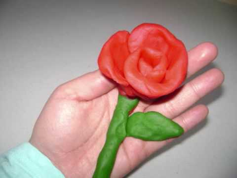 how to make roses out of sreamers