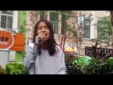Nurul Iman nyanyi lagu Bunga