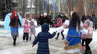 Рождественское гуляние в Курахово, 9 января 2016 года(Источник: https://www.facebook.com/groups/1622019644704080/1662579647314746/ 9 января 2016 года на городской площади Курахово состоялось..., 2016-01-10T20:40:49.000Z)