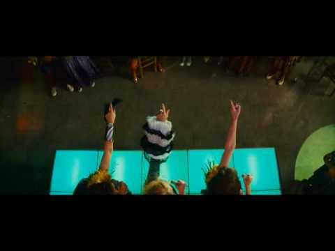 Mamma Mia - Super Trouper Full Song