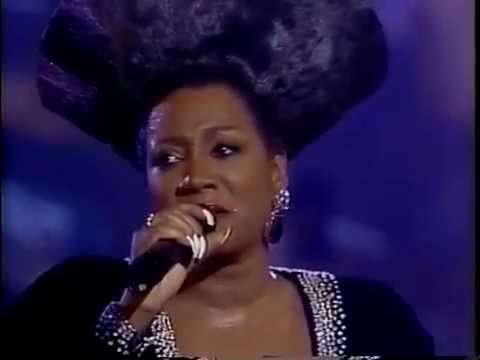 Gladys Knight, Patti Labelle and Dionne Warwick - Somewhere there's a place for us