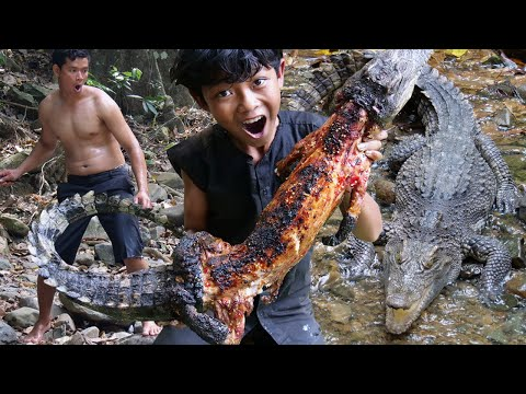 Primitive Technology - Grilled crocodile in forest - Eating delicious Ep00038