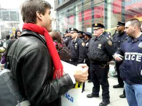 banks protest  arrests ows zuccotti park