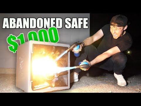 I Bought a $1000 Mystery Safe at an Auction & You Wont Believe What I Found (Buying Lost Auction)