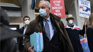 video: Michel Barnier under pressure not to give too much away as Brexit talks go to the wire