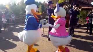 Donald and Daisy Dancing in Frontierland