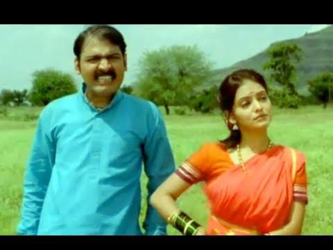 Dhipadi Dhipang - Avdhoot Gupte's Famous Marathi Song - Makrand Anaspure, Kadambari Desai
