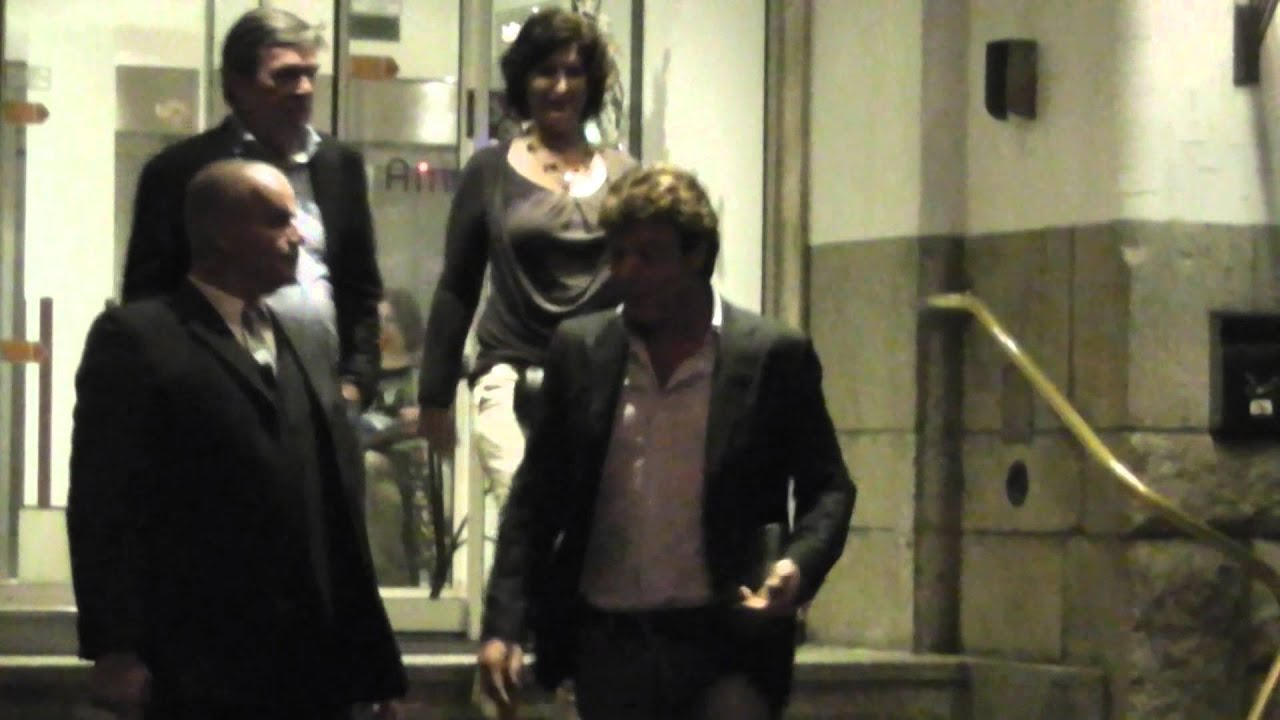 John De Mol Jr Verlaat Het American Hotel Na Tv Opnames
