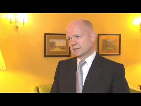 UK Foreign Minister William Hague said he would travel to Kiev on Sunday