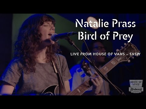 "Natalie Prass performs ""Bird of Prey"" at SXSW"