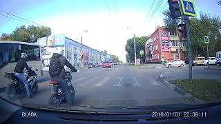 Авария 30.09.2017 Благовещенск Калинина-Пролетарская, с мотоциклистом