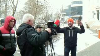 Журналисты правительственного канала Гомель 4,  трусливо убежали от народа