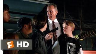Richie Rich (7/7) Movie CLIP - Keenbeam Saves Richie (1994) HD