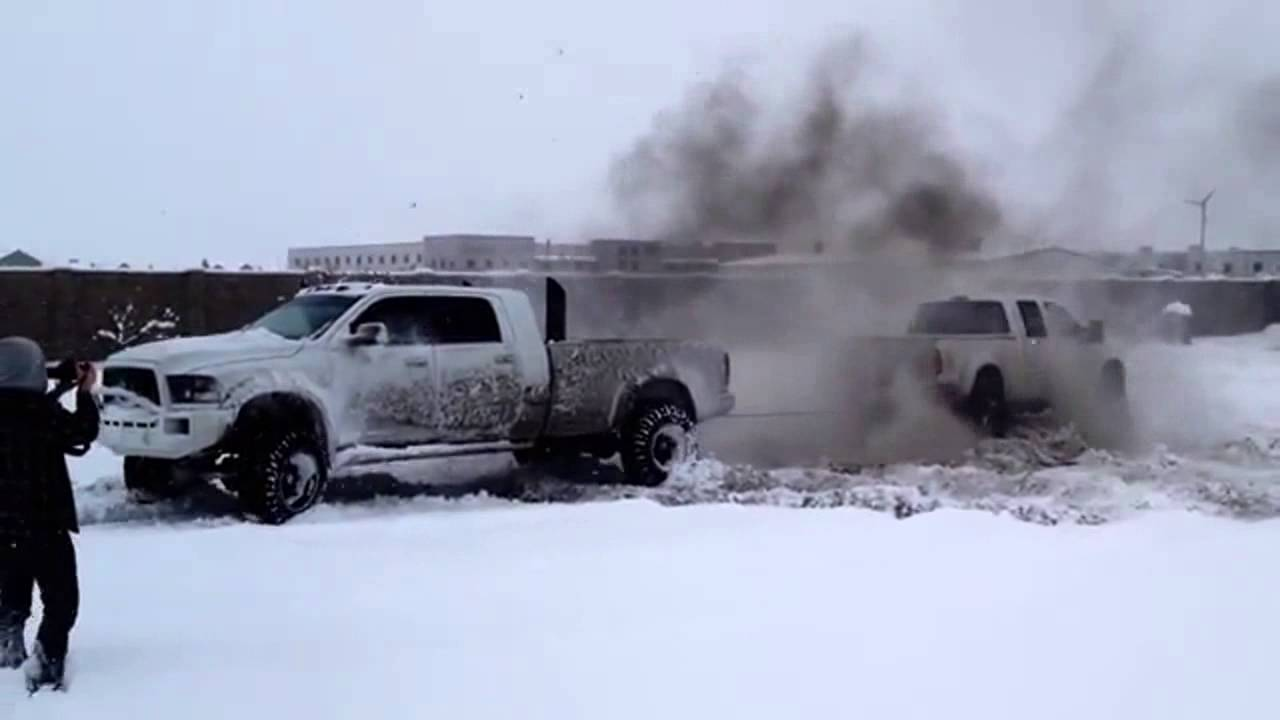 FORD VS. DODGE TUG OF WAR (MUST WATCH) (DieselSellerz) - YouTube 3b08f5ae09a0