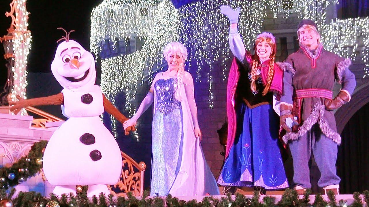 A Frozen Holiday Wish 2015 Elsa Lights Cinderella Castle