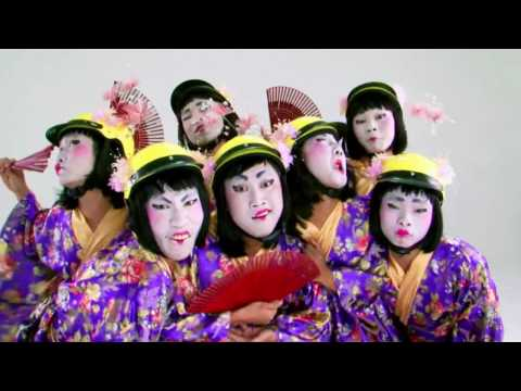 Funny Clip - Gheisha and Cai Luong (HD)