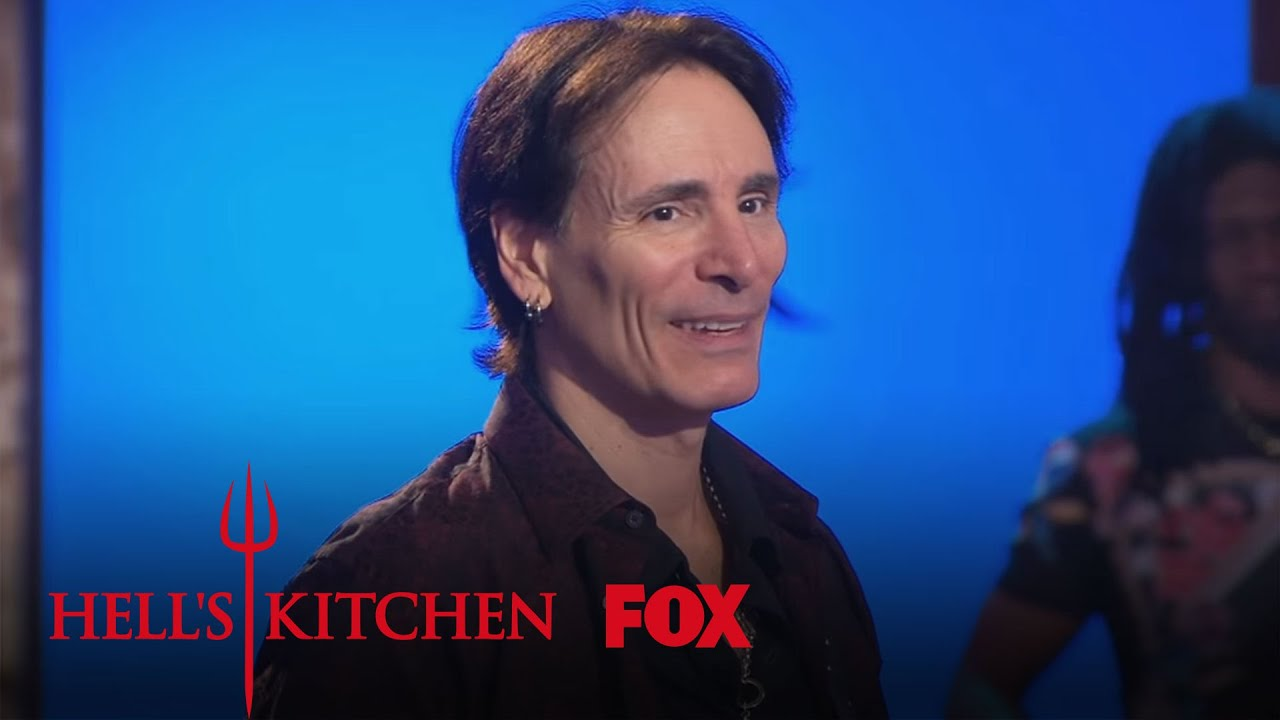 Steve vai enters hell 39 s kitchen season 15 ep 8 hell 39 s for Hell s kitchen season 15 episode 1