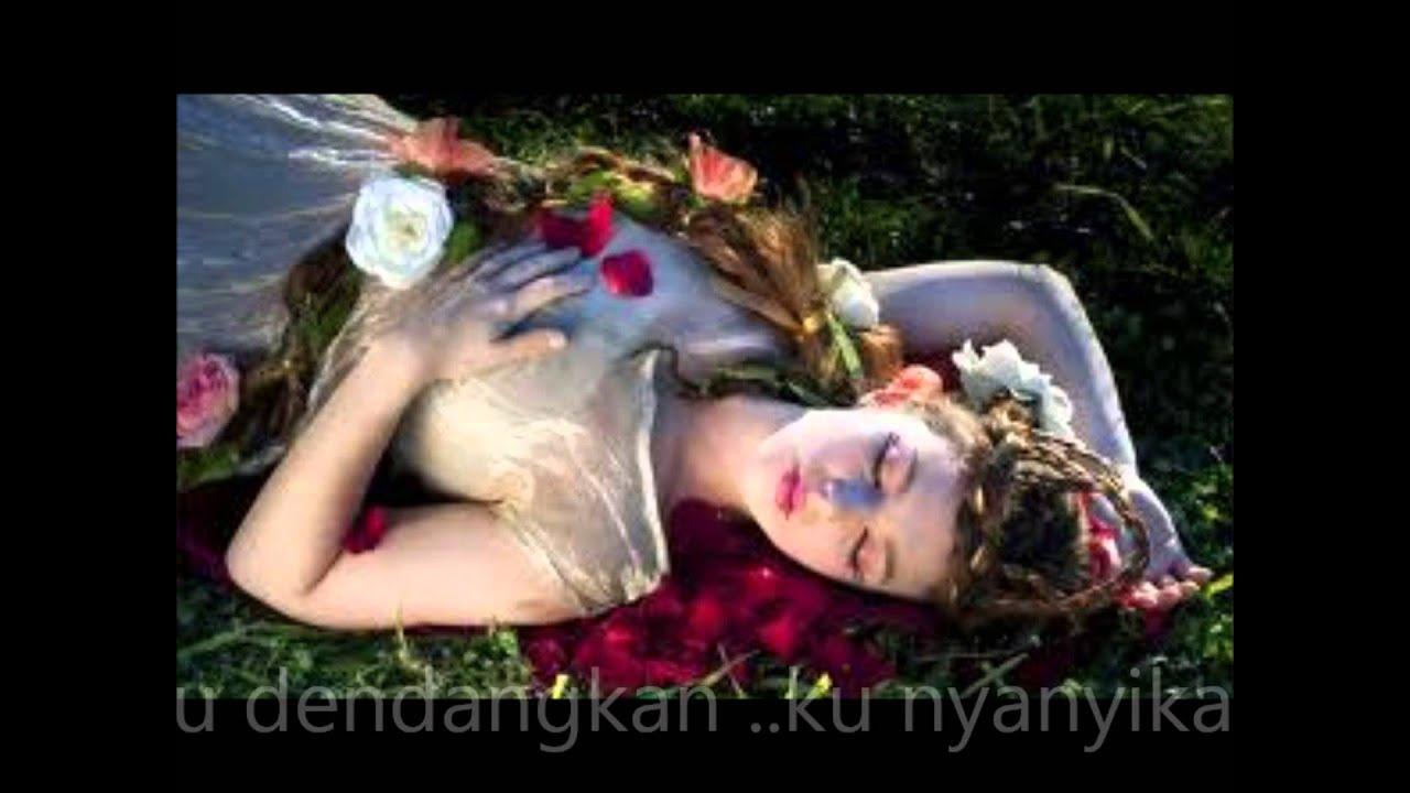 Download Tidurlah wahai permaisuri ( lirik )