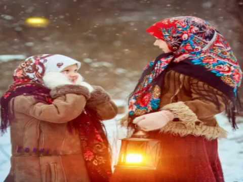Изображение предпросмотра прочтения – АнастасияСуздалева читает произведение «Частушки» (Русский фольклор )