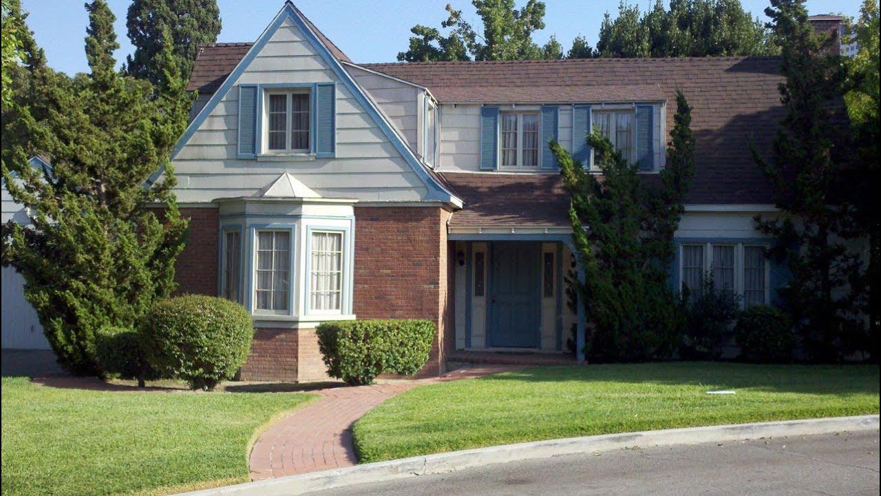 Samantha Stephens Bewitched House At Warner Bros Ranch
