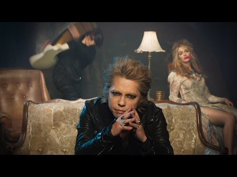 VAMPS - 'CALLING' - Official Music Video