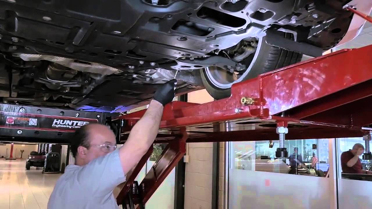 Nalley Lexus Galleria Vehicle Service and Maintenance - YouTube