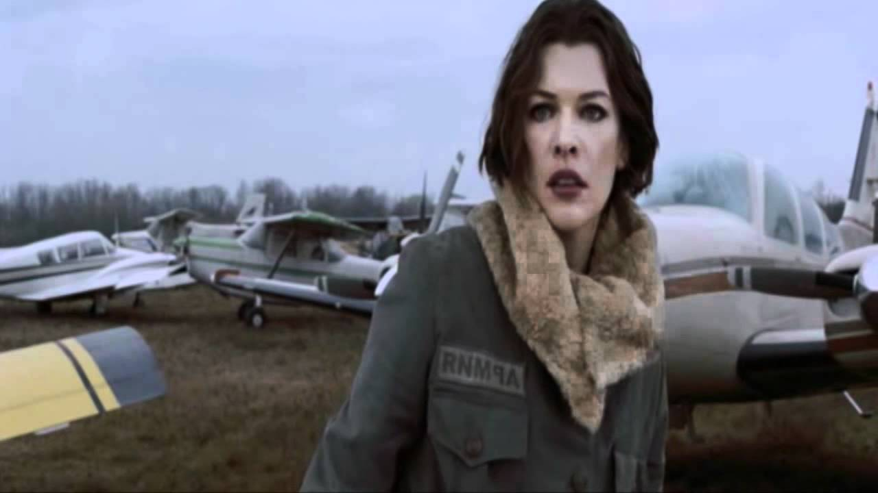 Resident Evil Afterlife Alice Vs Claire Redfield Youtube